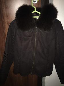 Zenska bunda sa prirodnim krzom M