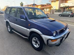 Nissan terrano 2.7 td KUPUJEMMM