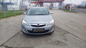 Opel Astra 1.7  CDTI UVOZ TOP STANJE