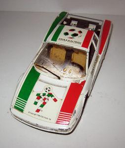 Burago autić 1/24 Italia 90 - Ferrari testarossa 1984