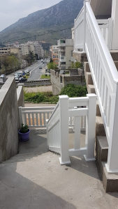 PVC (plastične) ograde stepenišne