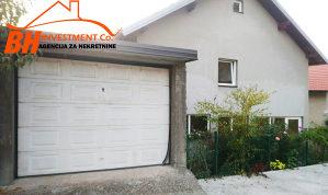 Porodična kuća sa garažom i okućnicom, Tuzla