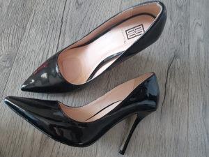 Cipele zenske 41 SIGNATURE,lakane,preudibne,anatomski u