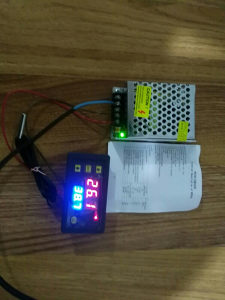 Termostat digitalni sa stabilisanim napajanjem