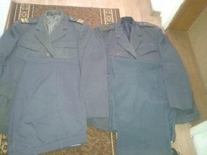 2 uniforme Titine milicije-samo danas 40 km + ptt