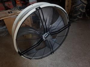 Ventilator za industrijski hale halu