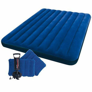 Krevet madrac +  2 jastuka +  pumpa