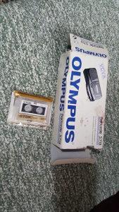 Diktafon snimač na kasete nov