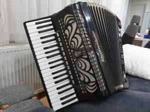 Harmonika Weltmeister Caprice 120 basova