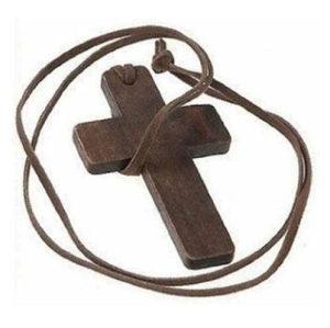 Ogrlica sa drvenim križem - krstom