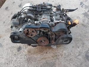 Motor bokser subaru impreza 2005 benzin