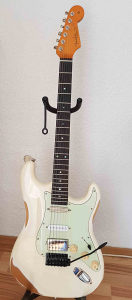 Stratocaster light relic vintage white blonde