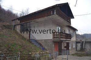 Kuca izgradjena na parceli od 945 m2, Simin Han, Tuzla