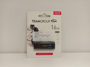 USB stick memorija 16 GB