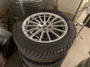 Felge i gume R17 Audi felge zimske gume Bridgestone