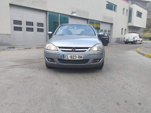 Opel Corsa 1.3 cdti 2005 god reg do 8.7 2020