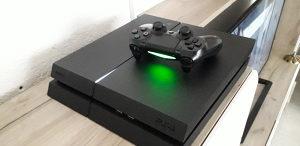 PS4 Playstation 4 500GB Čipovan 30 hit igara