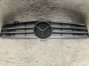 Mercedes Cls maska