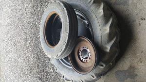 Traktorske gume 11.2/28