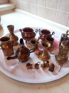 Ukrasni predmeti od bakra i mesinga