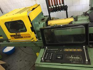 Mašina za brizganje plastike ARBURG 221-75-350