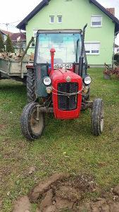 Traktor Imt 539 2270 sati rada nove 4 gume.