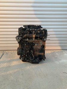 Motor Peugeot 407 607 807 Citroen C5 C6 2.2 HDi 125 kw