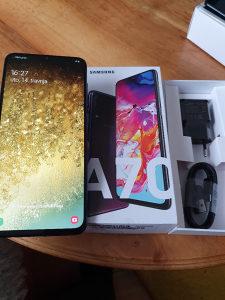 Samsung A70 , full oprema , kao nov