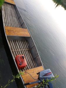 Čamac aluminijumski sa yamaha 8