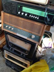Stari radio aparati