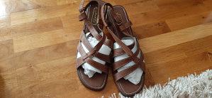 Janet. D Zenske sandale, broj 42